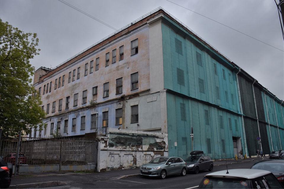 Фармацевтическая фабрика на Аптекарском проспекте закрылась больше семи лет назад