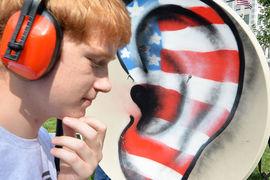 Американцы подозрительно внимательно относятся к россиянам, считают чиновники
