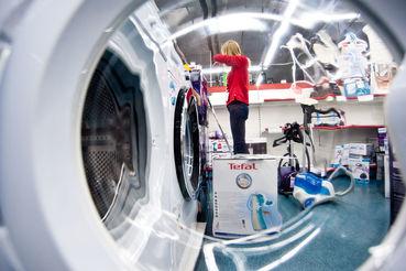 Российский рынок бытовой техники и электроники вырос за полгода на 2% в штуках, по данным GfK