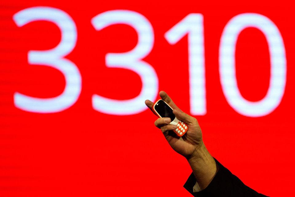 Мнения аналитиков и ритейлеров относительно первых успехов возрожденной модели Nokia в России разошлись