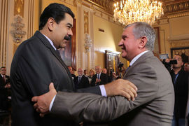 Деньги «Роснефти» в Венесуэле (на фото Игорь Сечин и президент страны Николас Мадуро) надежно защищены, считает компания