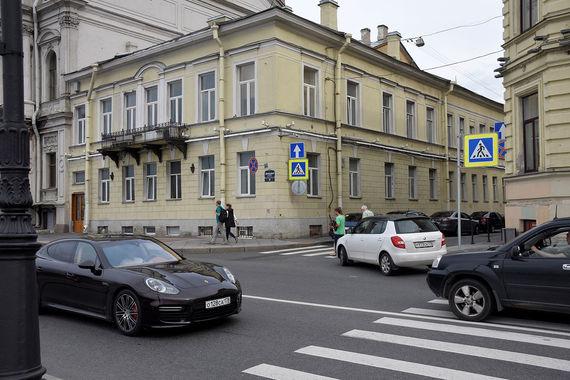 normal 41e Особняк на Дворцовой набережной, 20, арендует современный театр