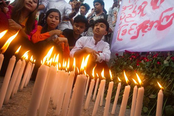 Геноцид рохинья в Мьямне - митинг
