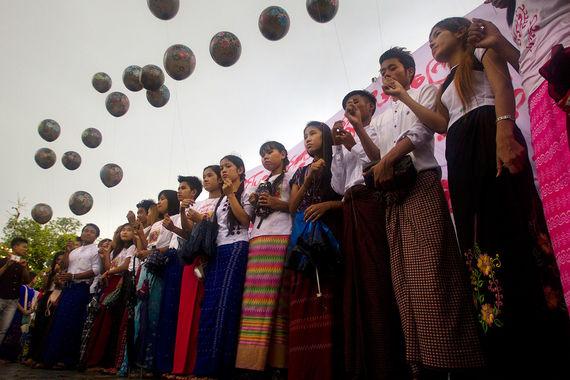 Геноцид мусульман в Мьянме 2017 - протестующие