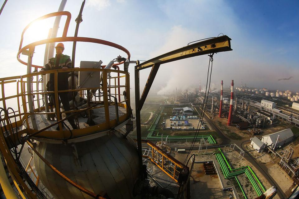Арбитражный суд Башкирии в августе частично удовлетворил иск «Роснефти» и «Башнефти» к АФК