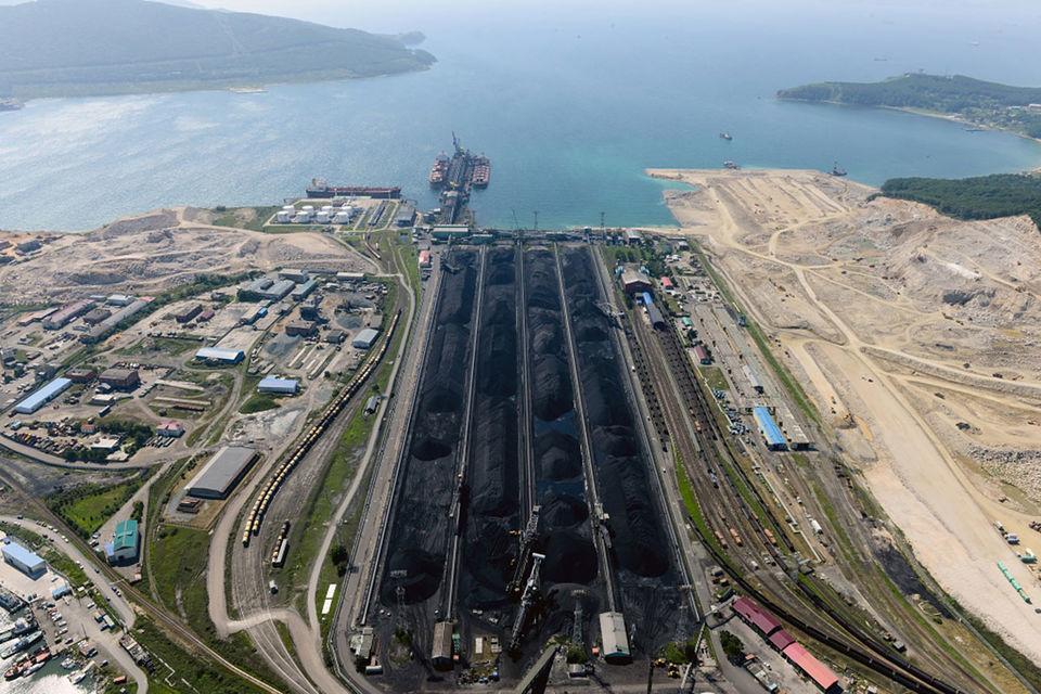 Основным грузом устойчиво остается уголь, экспортируемый на азиатские рынки
