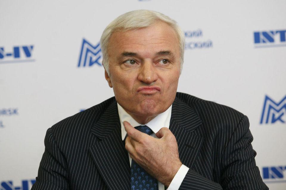 Акции будет продавать Mintha Holding Limited, бенефициаром которой является Рашников, уточняется в пресс-релизе
