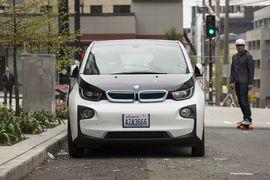 Эксперты ассоциации рекомендуют покупать электромобили подержанными или брать новые в лизинг