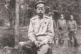 Участившиеся радикальные акции защитников памяти Николая II от художественного фильма «Матильда» по-прежнему не встречают однозначной реакции иерархов РПЦ