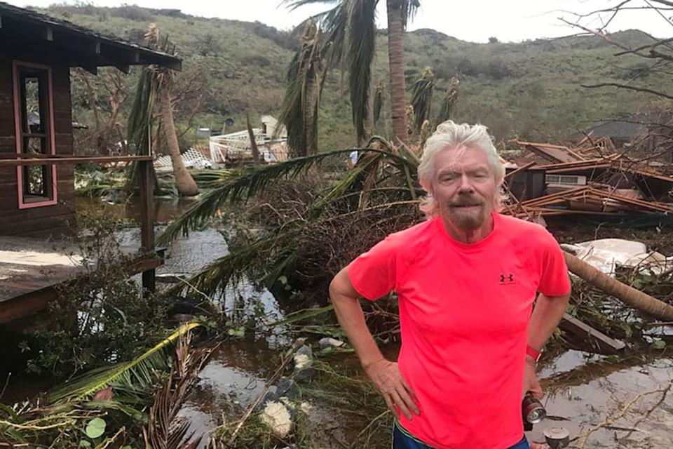 Миллиардер Ричард Брэнсон пережил ураган «Ирма» в винном погребе
