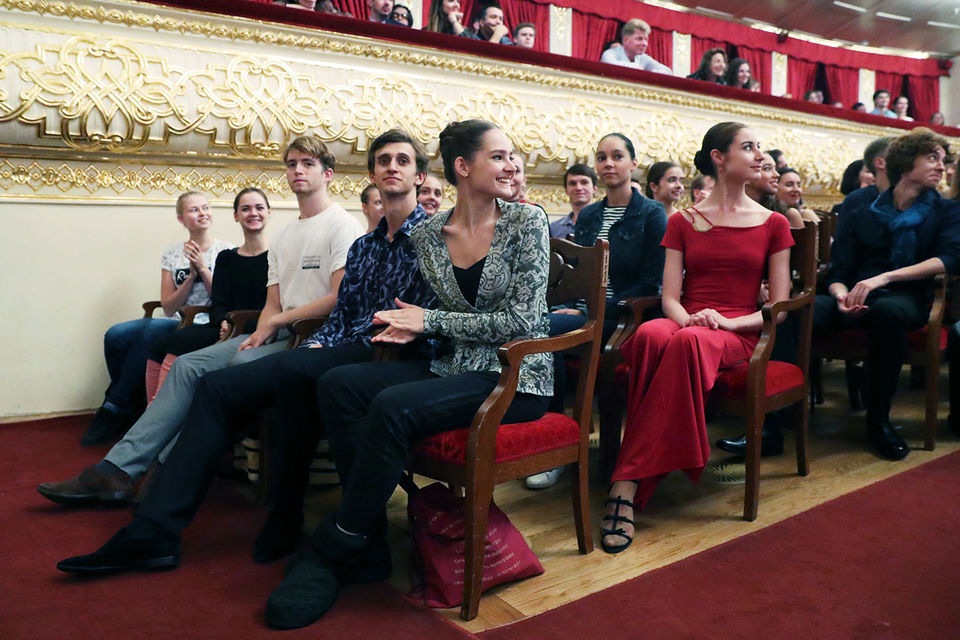 Балетную труппу Большого театра пополнили 22 артиста
