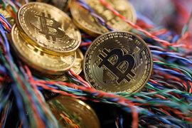Недоверие к самому биткоину не мешает JPMorgan внедрять его технологию — блокчейн