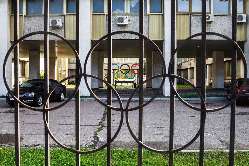 Антидопинговые агентства настаивают на том, что невозможно доверять спортивной системе страны, власти которой допускали нарушение правил и «фактически грабили «чистых» спортсменов»