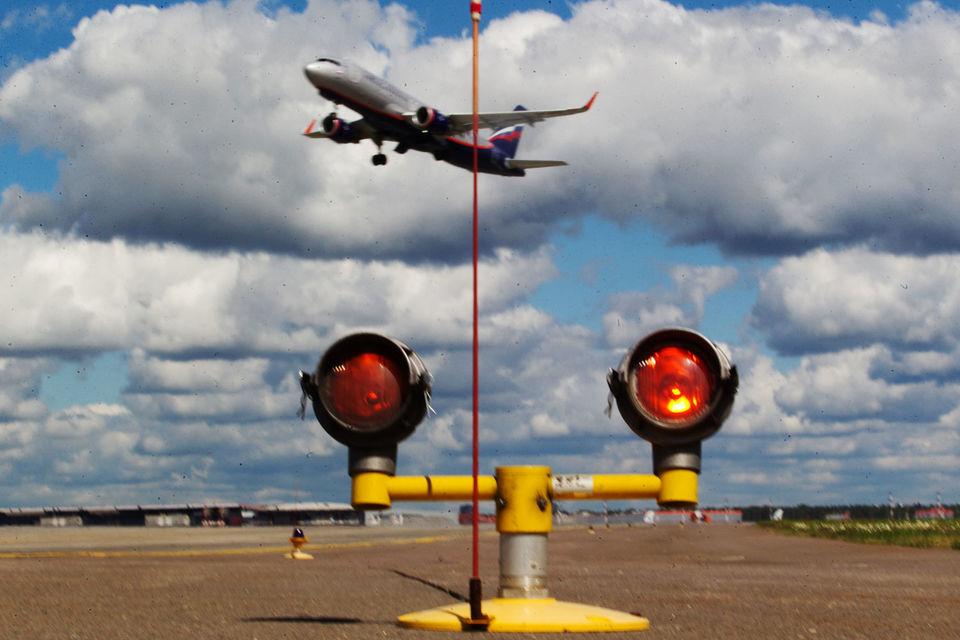 Доходы аэронавигационной системы, согласно рекомендациям Международной организации гражданской авиации, можно направлять только на развитие самой системы