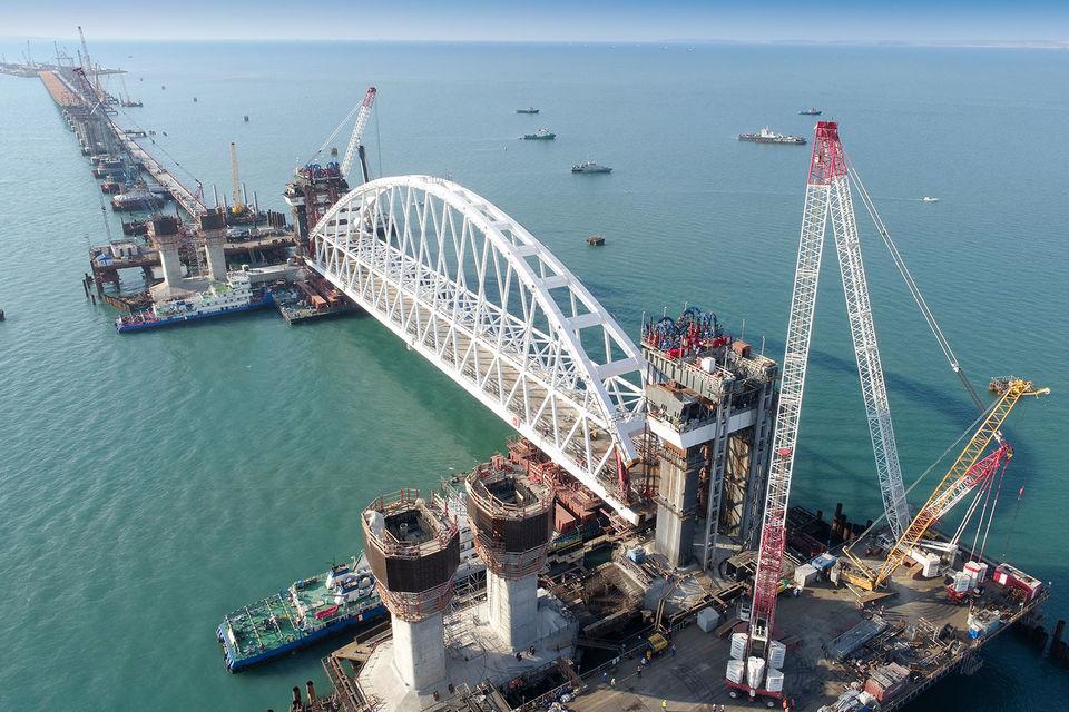Две компании из Нидерландов подозреваются в поставке оборудования для Крымского моста