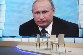«Настоящий» опрос показал, что в августе за Путина готовы были  голосовать 48% от всех опрошенных и 60% – от намеренных участвовать в  выборах-2018