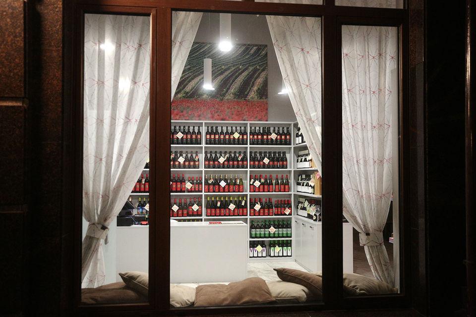 Больше половины винной карты придется на продукцию самой Alma Valley