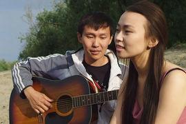 Слепой бард и эстрадная певица стали героями якутского фильма «Кэрэл. Невидимая красота»