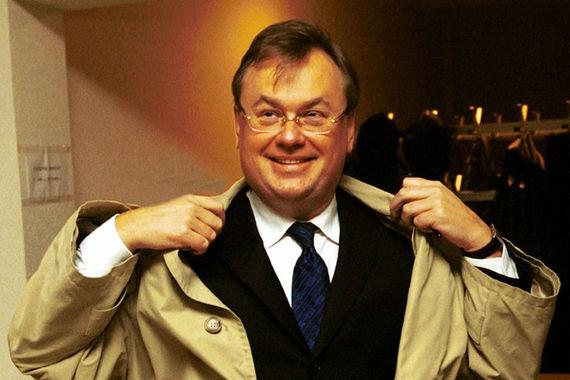 В 1999 г. Андрей Костин – председатель Внешэкономбанка, а сейчас – президент, председатель правления группы ВТБ