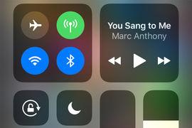 Теперь пользователь может уменьшить виртуальную клавиатуру до 3/4 от  нормального размера и сместить вправо или влево в зависимости от того.