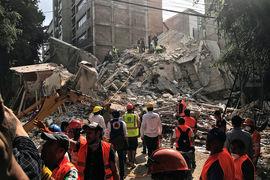 В Мехико разрушены и повреждены многие здания