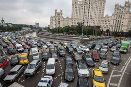 В развитых странах 7,7 км дорог на 1000 жителей, а в развивающихся – 2,8 км