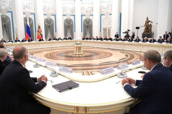 Владимир Путин выслушал предвыборные наказы бизнеса