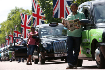 Акция протеста лондонских таксистов против сервиса Uber