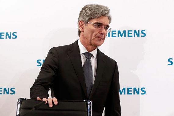 Гендиректор Siemens призвал не осуждать Россию за поставку турбин в Крым