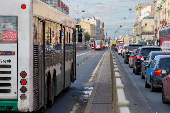 Власти Петербурга решили не повышать стоимость проезда в транспорте в 2018 году