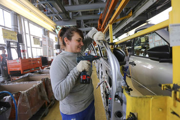 Автомобили российской сборки заняли масимальную долю рынка - более 82%