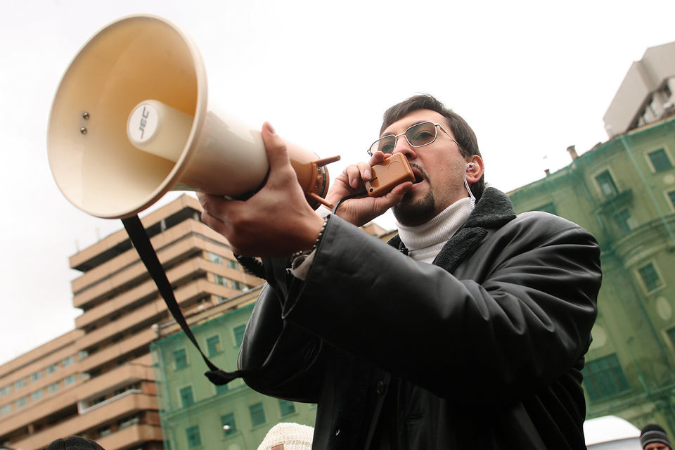 В августе прошлого года суд приговорил Поткина к 7,5  года тюрьмы, ему инкриминировали легализацию денежных средств в рамках  дела о хищении средств казахстанского БТА-банка, экстремизм и призывы к  экстремистской деятельности