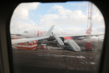 Базовый аэропорт «ВИМ-авиа» – «Домодедово» – отказался  обслуживать перевозчика из-за долгов, прежде всего заправлять топливом