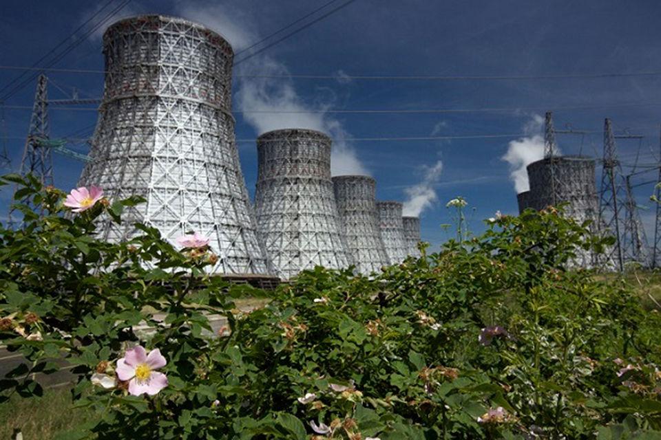 Все российские АЭС находятся в собственности «Росэнергоатома» – всего 10  АЭС мощностью 27,9 ГВт, еще восемь энергоблоков сооружаются