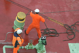 «Роснефть» заказала на дальневосточной верфи «Звезда» еще пять судов