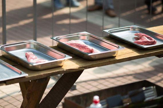 Главный конкурент «Мираторга» открывает мясную лавку в центре Москвы