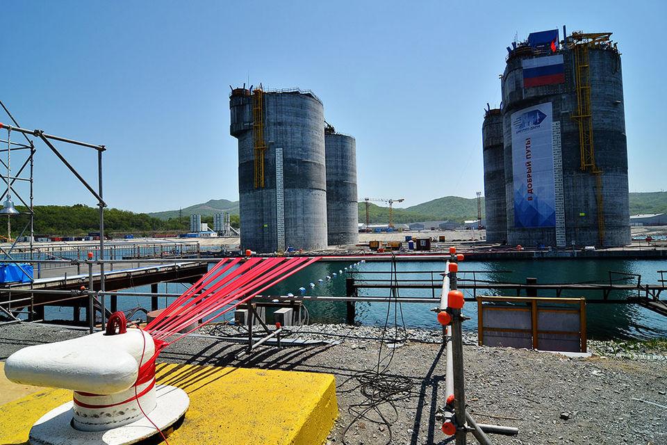 «Сахалин-1» хочет построить СПГ-завод несмотря ни на что