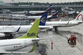 Авиакомпании будут спасать за счет пассажиров