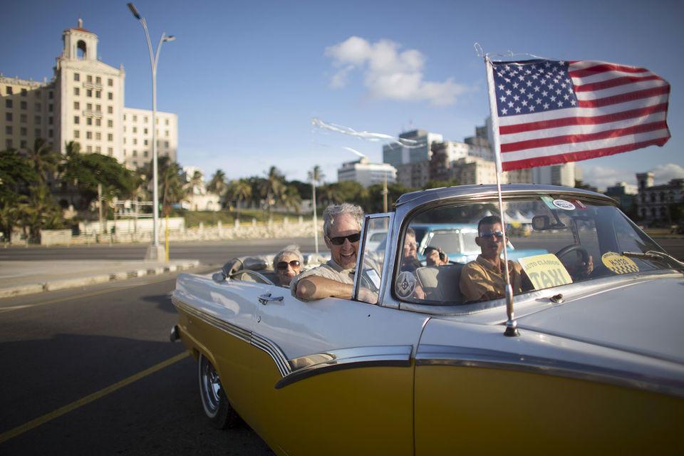 Американские власти рекомендовали гражданам США пока воздержаться от поездок на Кубу