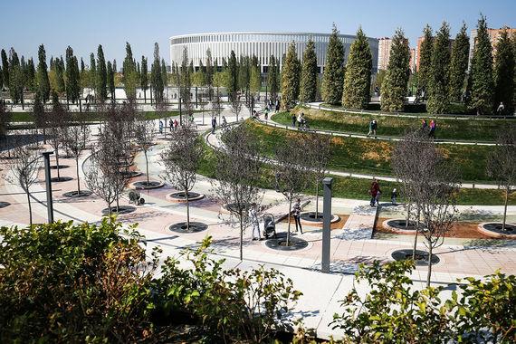 Дизайн парка, архитектурные проекты построек, а также ландшафтный  дизайн-проект были разработаны немецким  GMP International. Это  проектное бюро ранее разрабатывало и стадион ФК «Краснодар»
