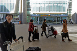 Больше всего иностранных туристов прилетает из Китая