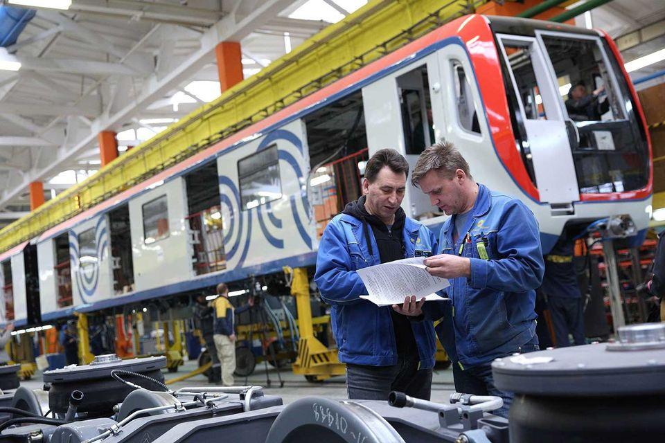 Помимо поставки в лизинг предусматривается сервисное обслуживание вагонов в течение 30 лет