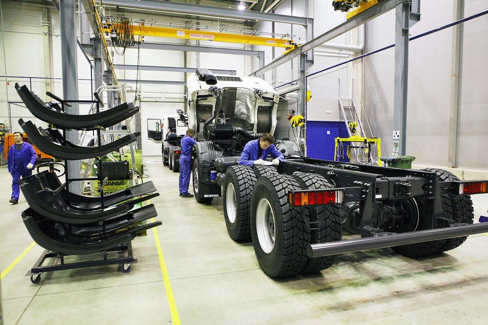 Заводы по производству грузовиков вновь загружены