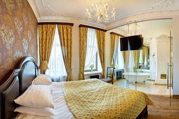Санкт-петербургский Rossi Boutique Hotel & SPA признается лучшим бутик-отелем в пятый раз с 2012 г. На фото - люкс  Executive Suite