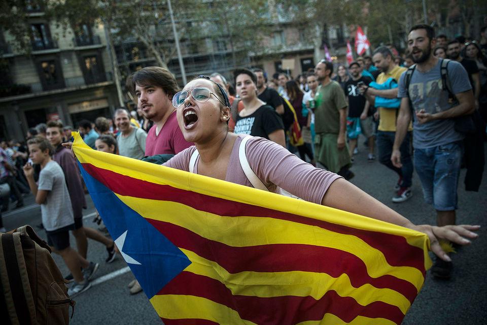 Организовали забастовку каталонские профсоюзы и движения, выступающие за независимость региона от Испании
