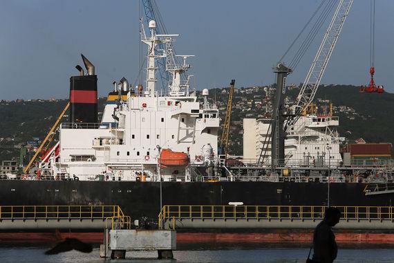 Некоторые порты получат отсрочку по переходу на рублевые тарифы