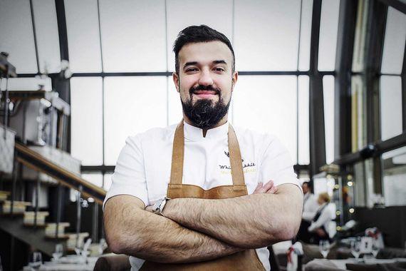 Лучшего результата в рейтинге The World's Best Restaurants удалось достичь Владимиру Мухину, шефу московского ресторана White Rabbit - в 2018 г. он поднялся до 15-го места