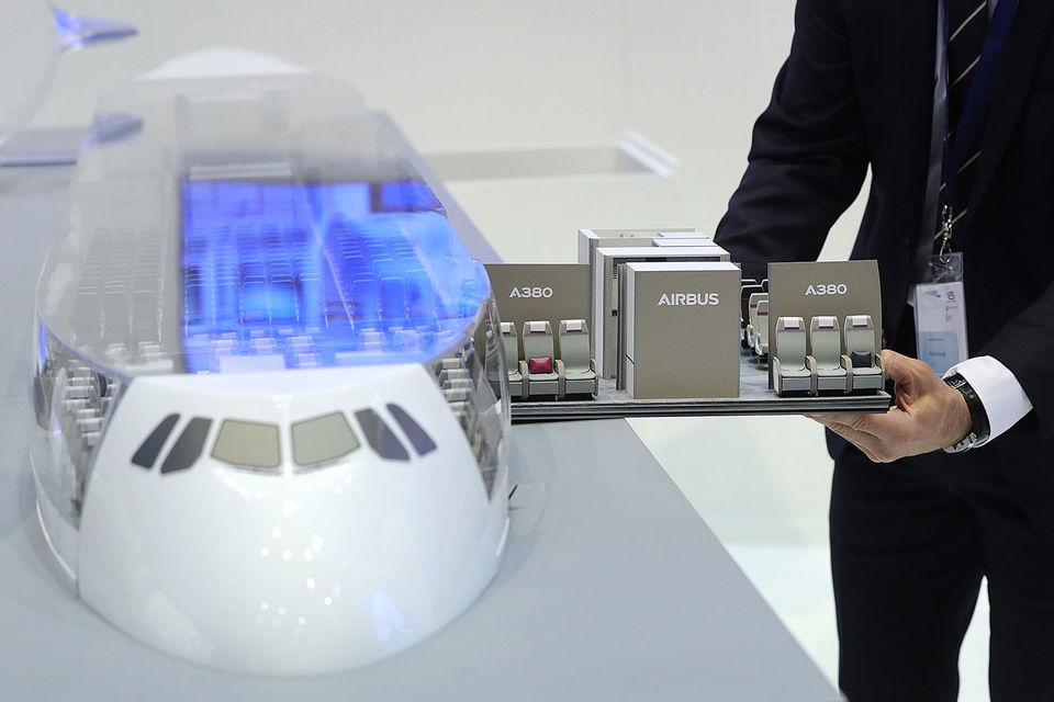 По информации следствия, Airbus прибегал к услугам сторонних консультантов при заключении сделок, используя так называемую систему черных касс