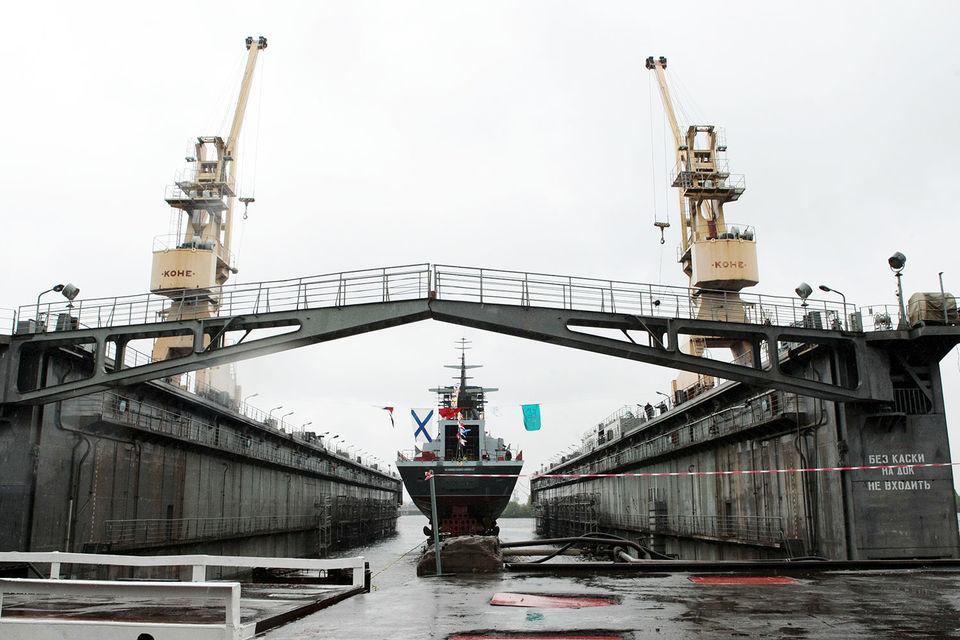 Без господдержки реализовать программу обновления флота сложно, отмечал на президиуме Госсовета министр транспорта Максим Соколов