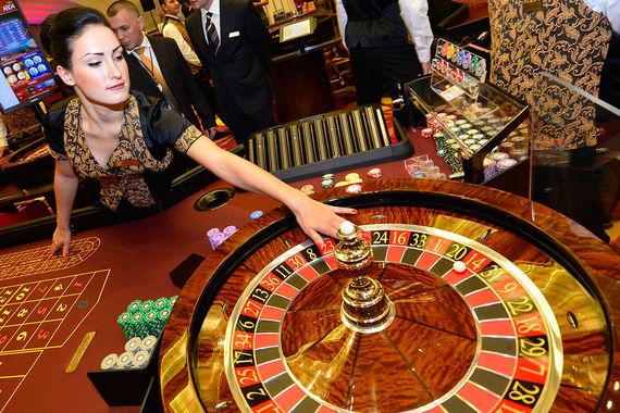 Работать в охране казино игровые автоматы в арендуемом помещении